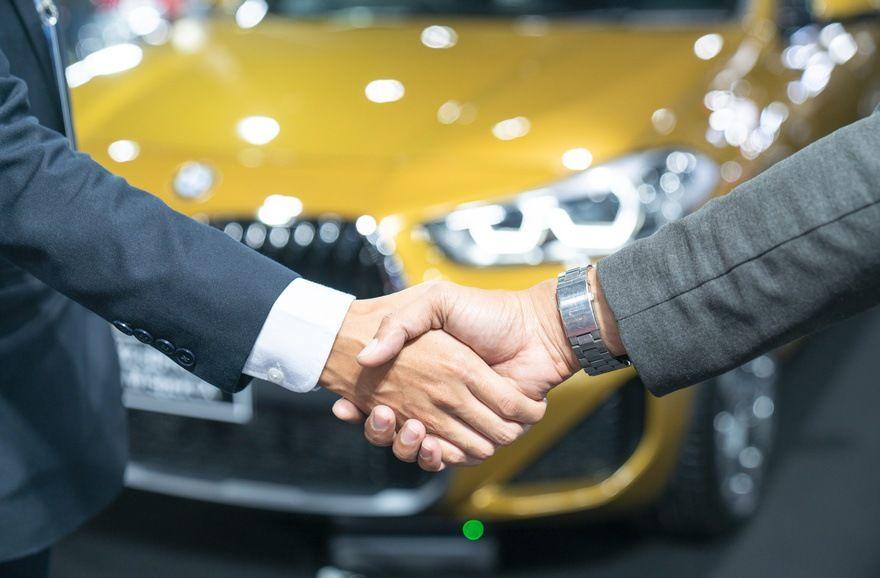 Marché automobile : l'occasion carbure, les voitures neuves calent